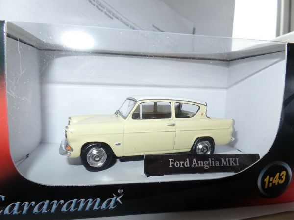 Cararama CR034 1/43 O Scale Ford Anglia 105E Yellow & White